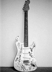 Asia Fender Stratocaster-180X250