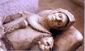 statua baciata-300X180