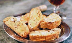 Cucina fiorentina-Biscotti di Prato-300x180