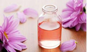 Aromaterapia e oli essenziali 3-300x180