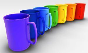 Il colore del piatto e della tazza influenza la percezione dei sapori-300x180