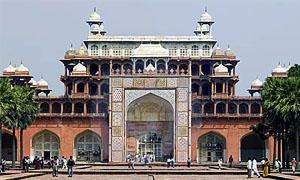 15 ottobre 1556 - Akbar, l'imperatore fanciullo-300x180