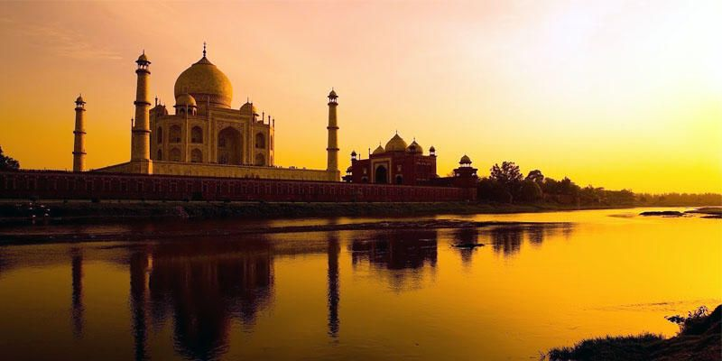 India-5 date memorabili 1-800x400