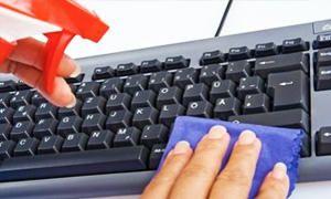 Pulite il telefono la tastiera e il mouse-300x180