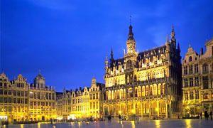 La Grand Place, Musèe Charlier e Musèe communal d'Ixelles-300x180