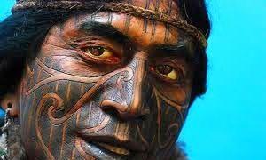 Seguendo la storia del tatuaggio-300x180