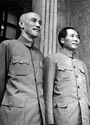 Chiang Kai-shek il nazionalista e Mao Tse-tung il comunista-180x250