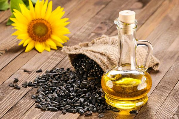 Olio di semi di girasole-600x400
