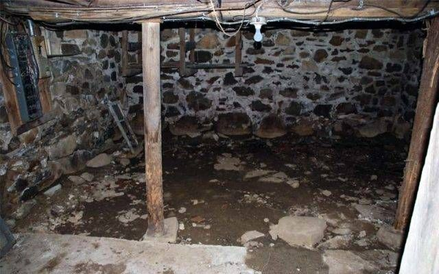 Attività radon (1 m3 d'aria): fino a 600 Bq