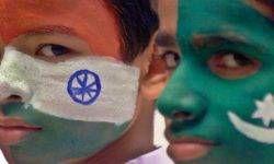 La sanguinosa ripartizione tra India e Pakistan-800x400