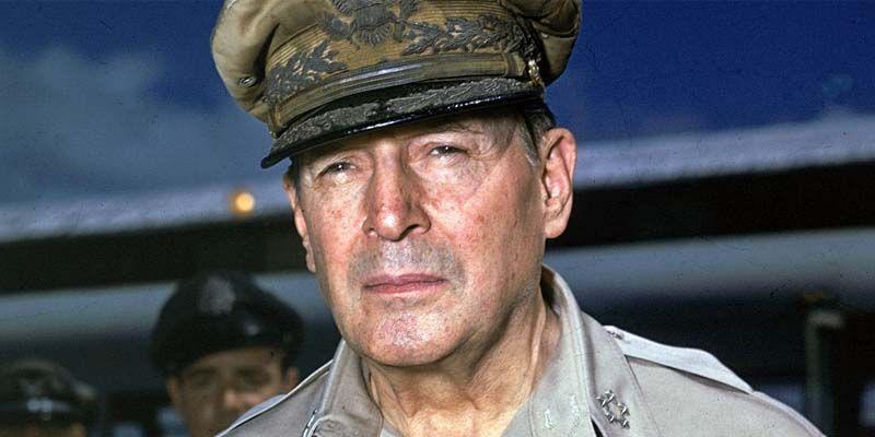 Il generale MacArthur2-800x400
