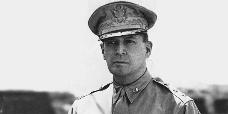 Il generale MacArthur7-800x400