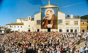 68 volumi per Padre Pio-300x180