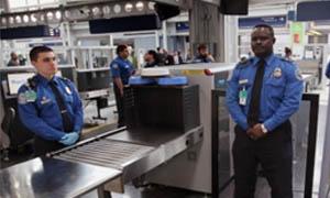 aeroporto-agenti-sicurezza