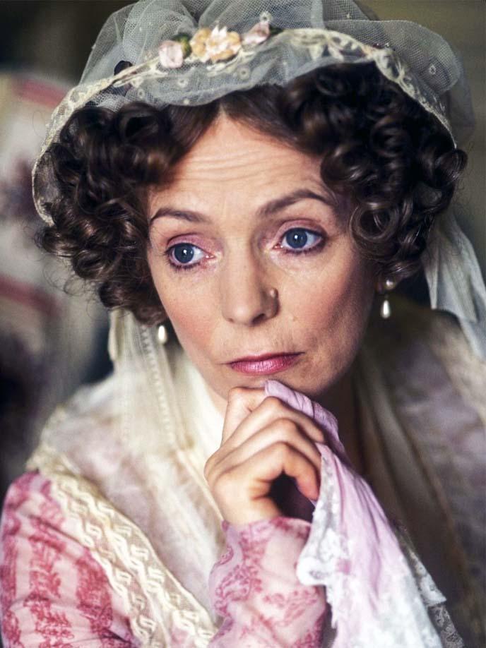 Mrs Bennet-5b