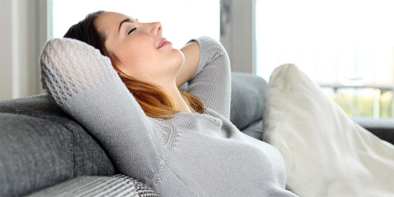 donna rilassata-2-800x400