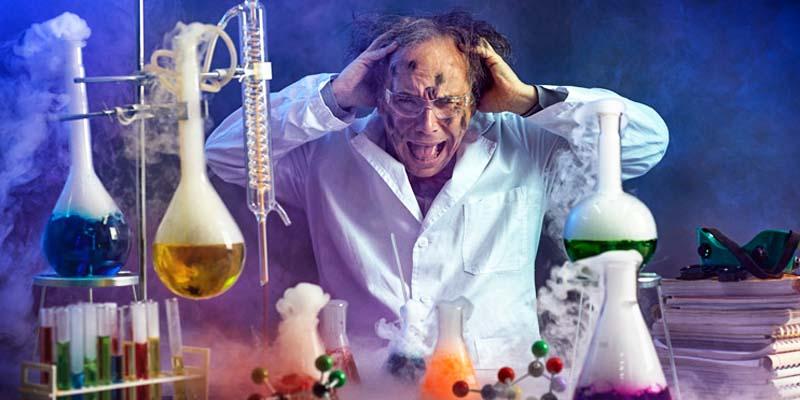 scienziato pazzo-1-800x400