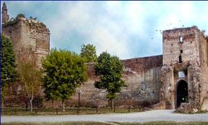 Castel d'Ario-300x180