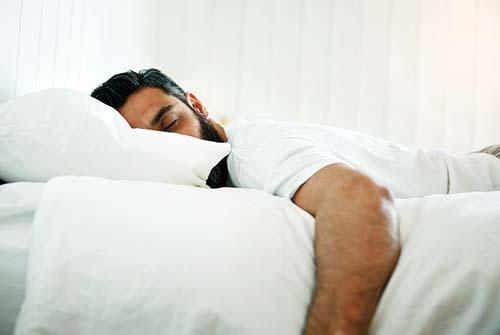 Dormire pancia in giu
