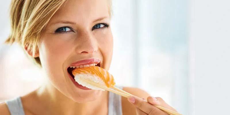 mangiare pesce crudo-2-800x400