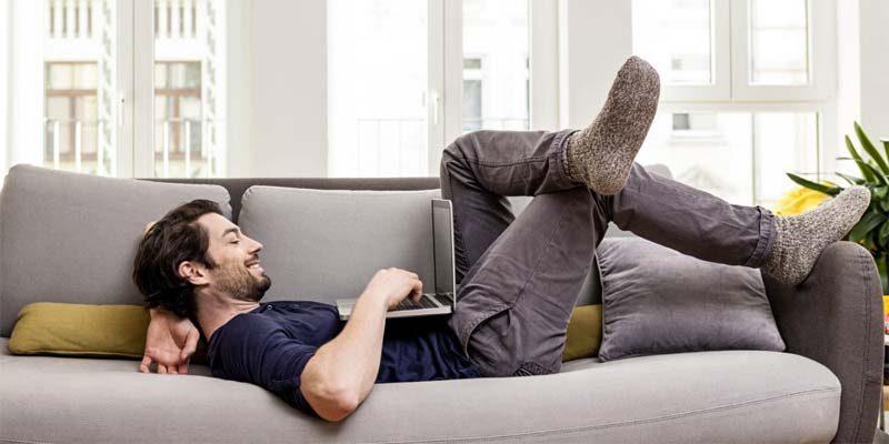 sciodarsi dal divano-1-800x400