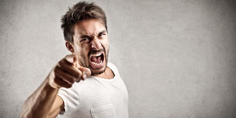 persona arrabbiata-5-800x400