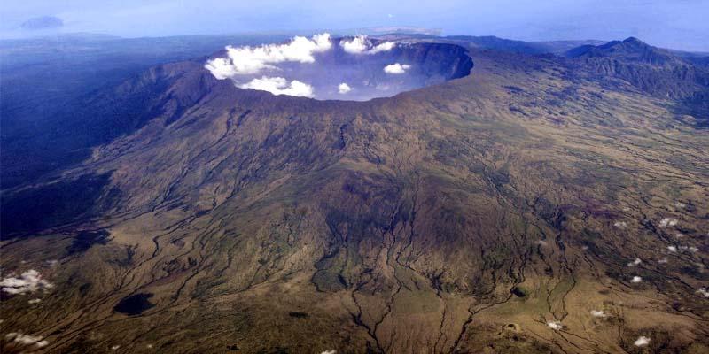 vulcano Tambora-2-800x400