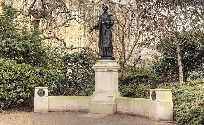 Emmeline Pankhurst-10-800x400