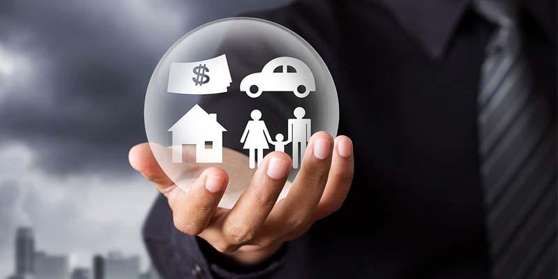 assicurazioni-1-800x400