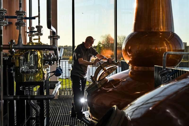 distillazione-whisky-6-800x400