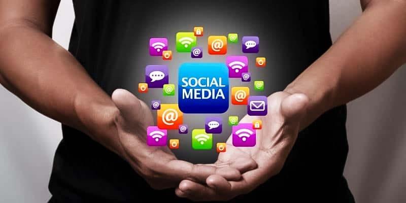 fare affari sui social-8-800x400 copia