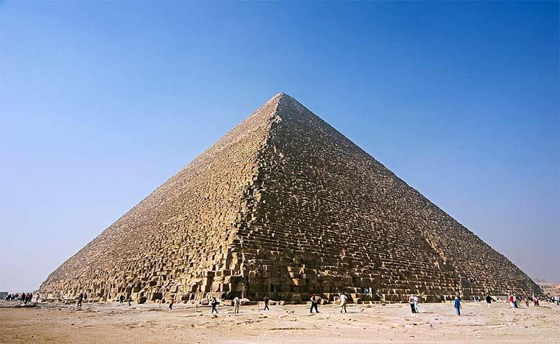 La grande piramide-800x400